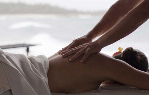 massage-des-femmes-aux-mains-d-or